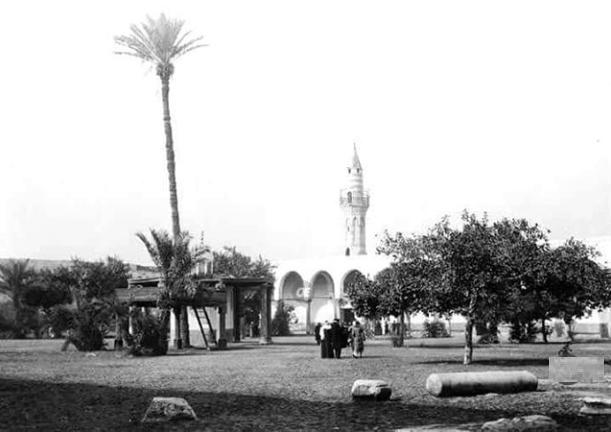 مسجد عمرو بن العاص قبل 100 عام
