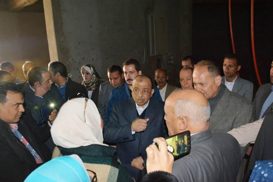زيارة وزير التنمية المحلية للفيوم (2)