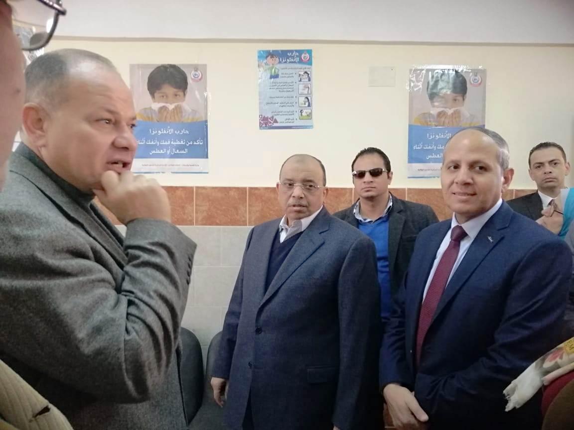 زيارة وزير التنمية المحلية للفيوم (6)