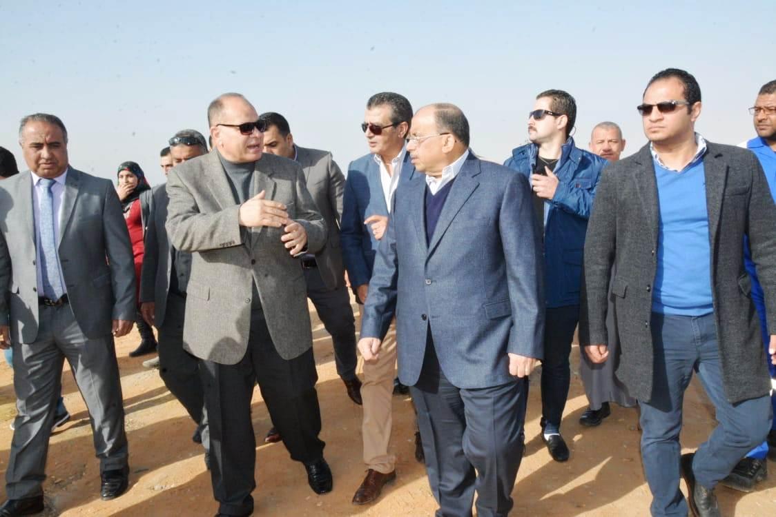 زيارة وزير التنمية المحلية للفيوم (1)