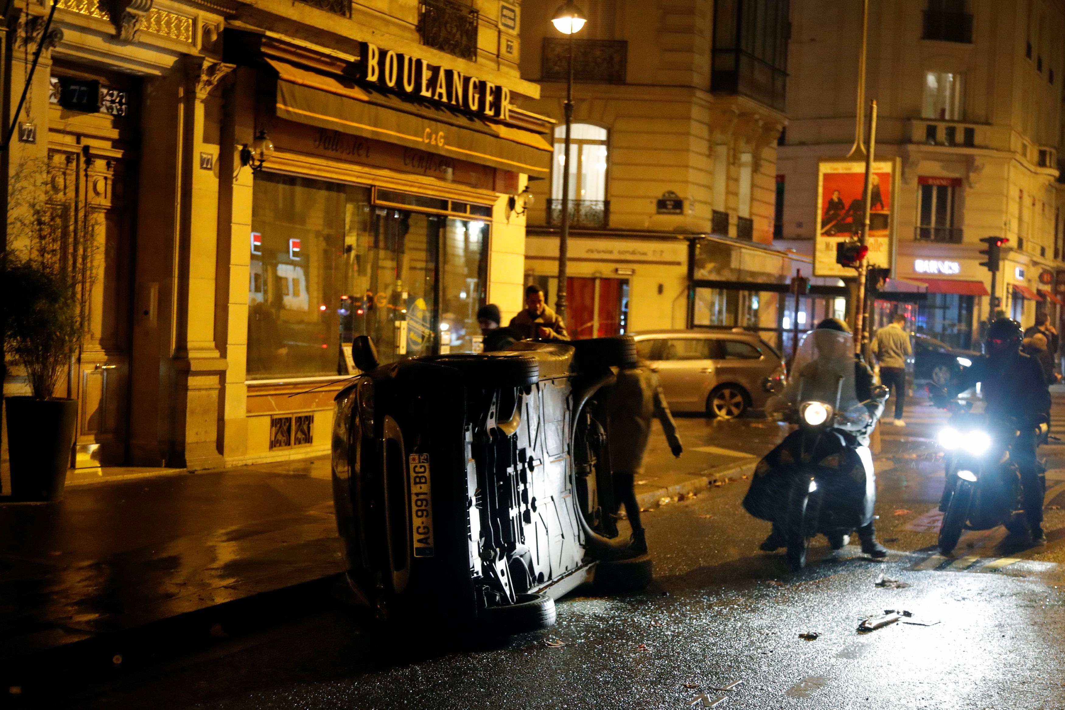 مظاهر العنف فى باريس
