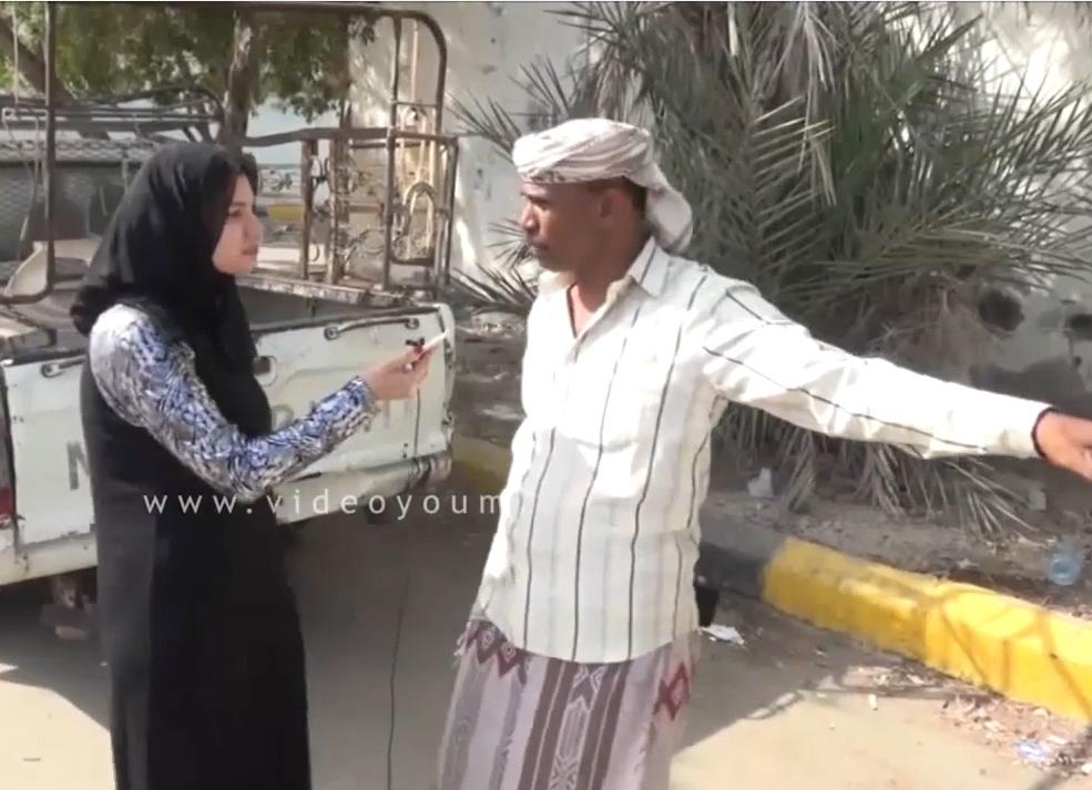 شاهد عيان على هجوم الحوثيين فى عدن يشير للمكان الذى سقطت فيه أول قذيفة حوثية