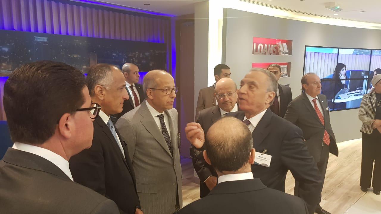 طارق عامر وفاروق العقدة وعدد من الحضور