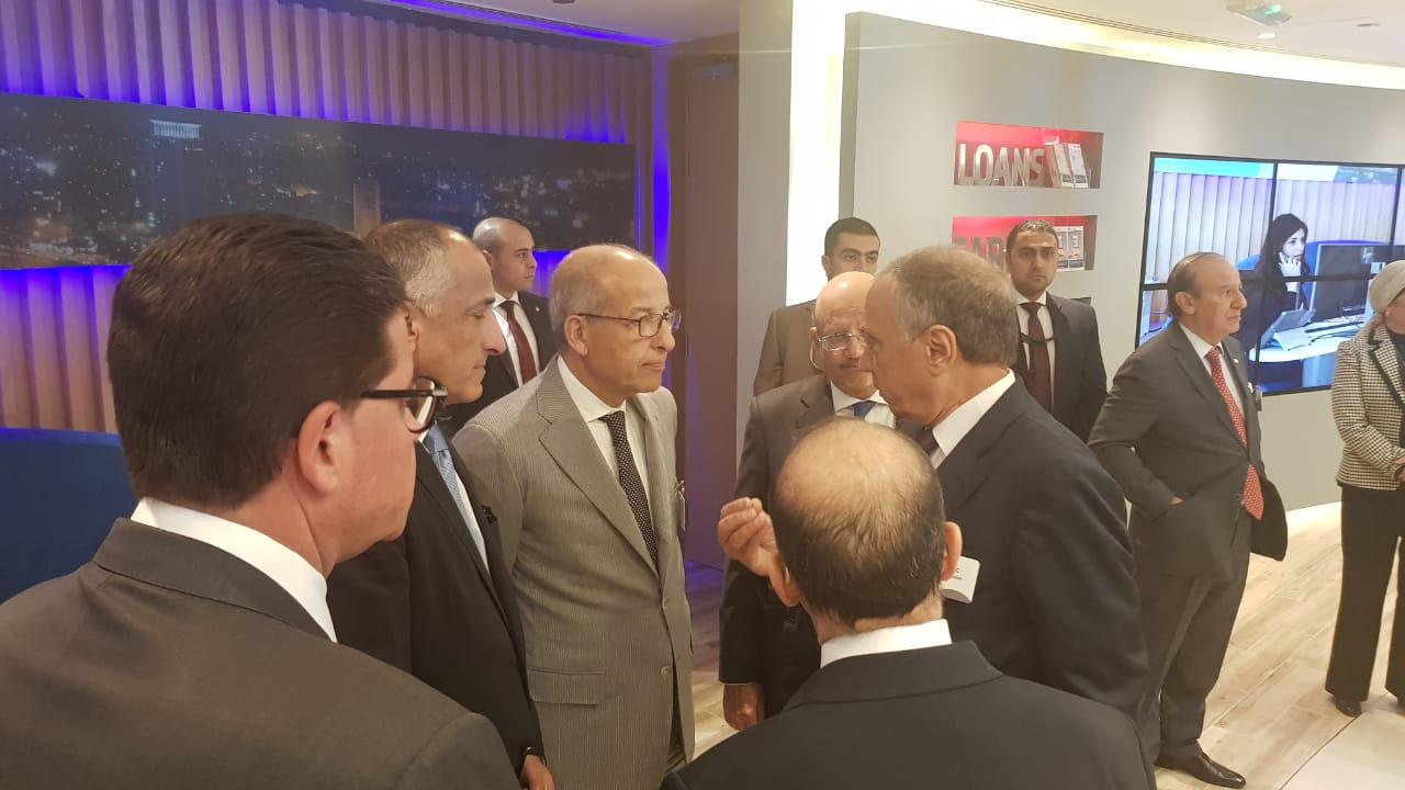 فاروق العقدة محافظ البنك المركزى الأسبق خلال مشاركته بافتتاح بنك ABC مصر