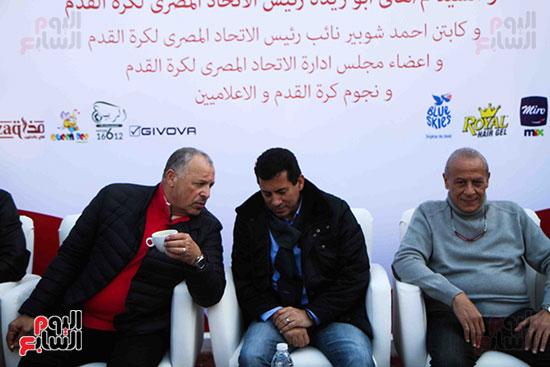أبو ريدة وشوبير فى ودية قدامى الأهلى والزمالك ضد شلل الأطفال (7)