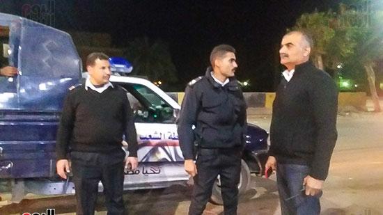 حملة إشغالات ليلية على المقاهى المخالفة بمدينة العياط (13)