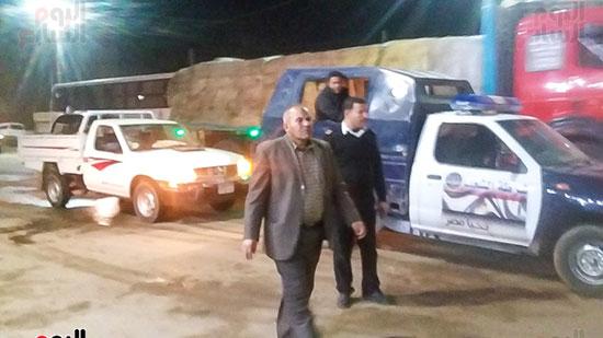 حملة إشغالات ليلية على المقاهى المخالفة بمدينة العياط (1)