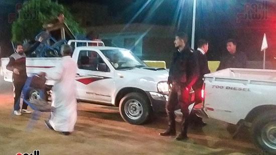 حملة إشغالات ليلية على المقاهى المخالفة بمدينة العياط (2)