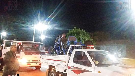 حملة إشغالات ليلية على المقاهى المخالفة بمدينة العياط (15)