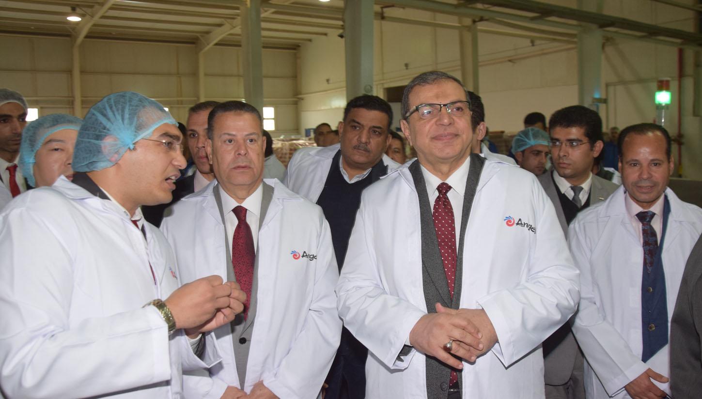 وزير القوى العاملة (1)