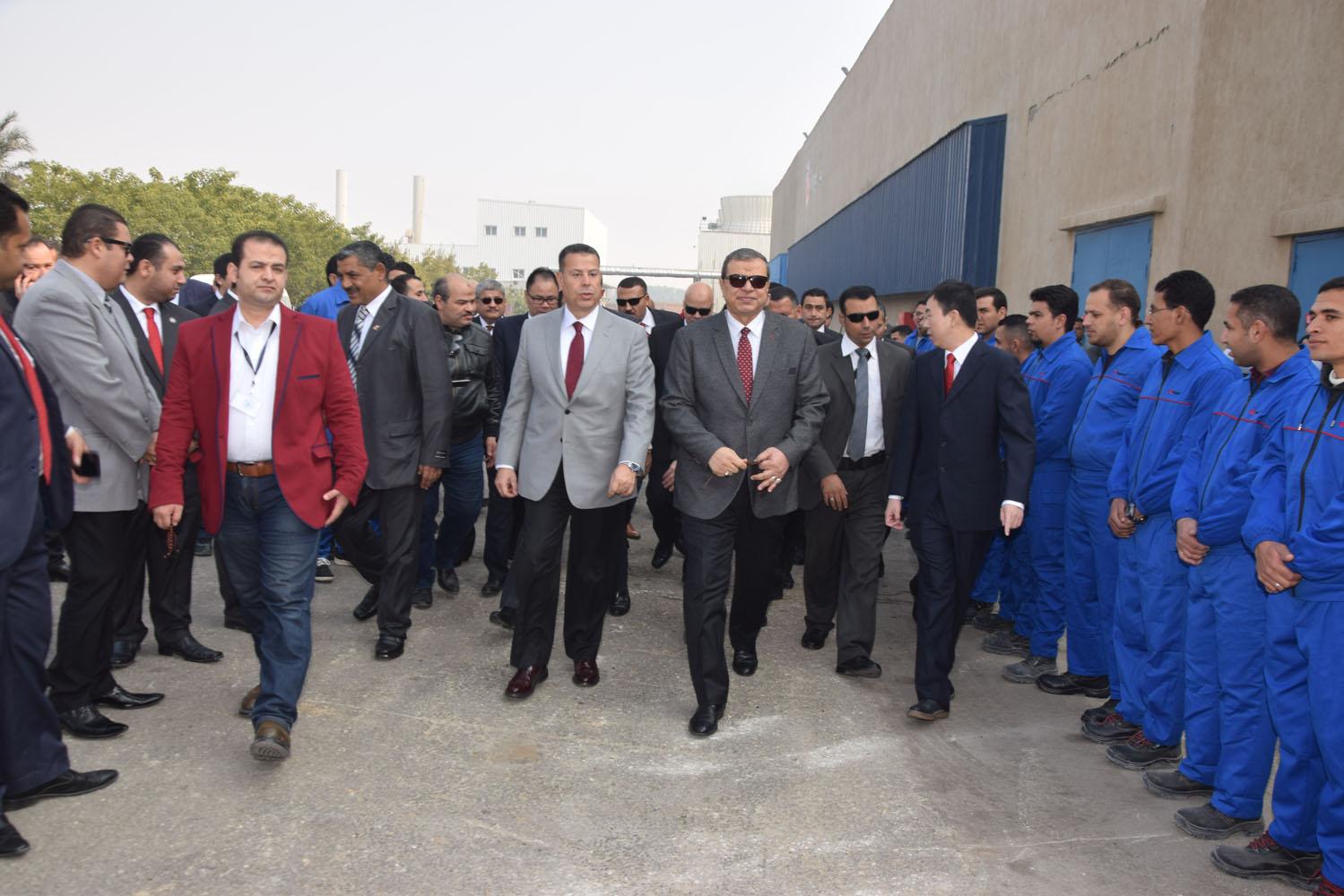 وزير القوى العاملة (2)