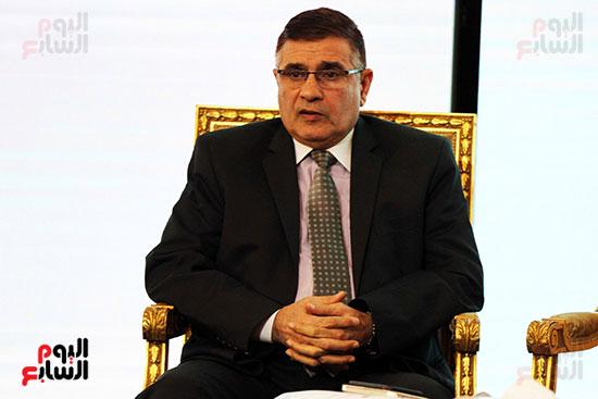 مؤتمر أخبار اليوم الاقتصادي الخامس جلسة الاستثمار فى سيناء (7)