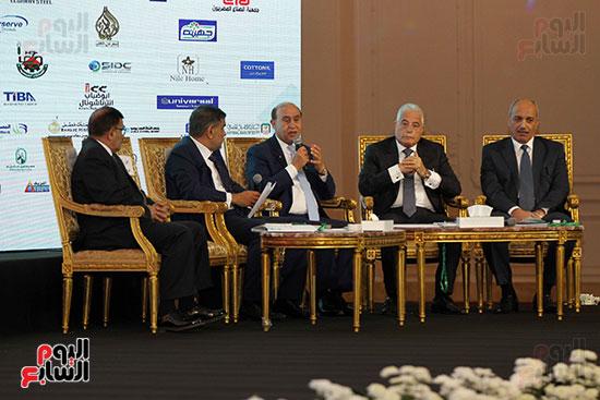 مؤتمر أخبار اليوم الاقتصادي الخامس جلسة الاستثمار فى سيناء (18)