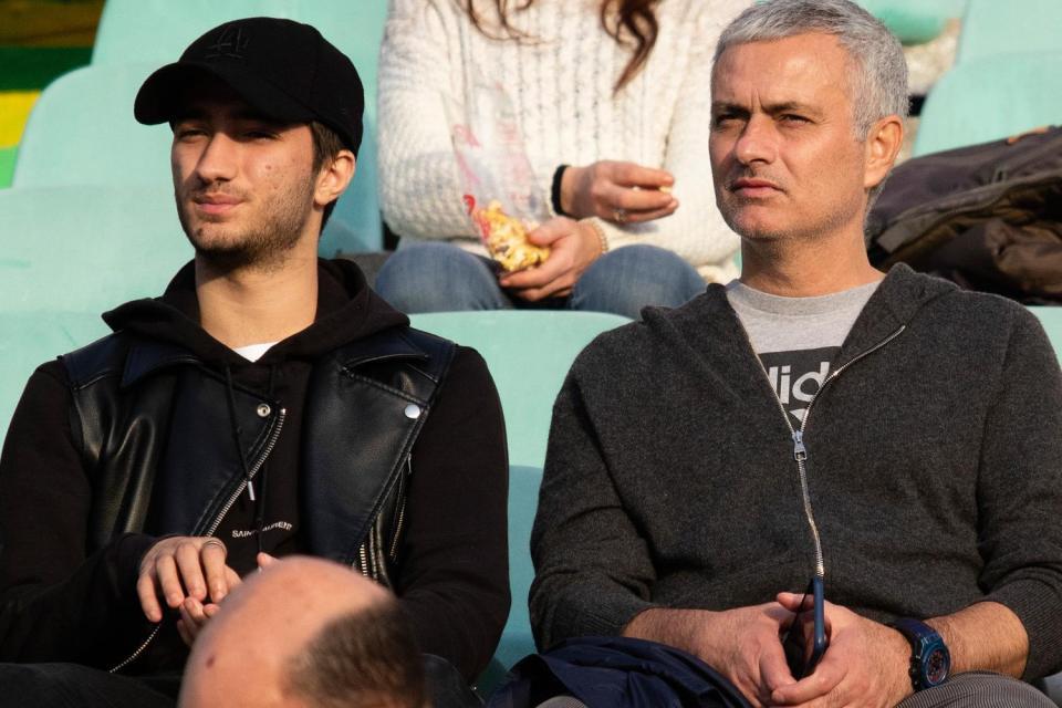 مورينيو في البرتغال بعد الإقالة من مانشستر يونايتد