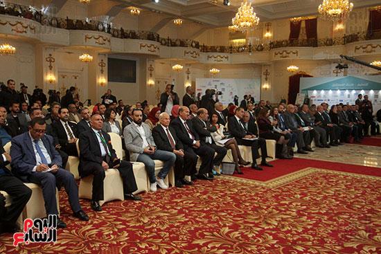 مؤتمر أخبار اليوم الاقتصادي الخامس جلسة الاستثمار فى سيناء (4)