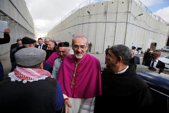 صور حشود المسيحيين فى بيت لحم (2)