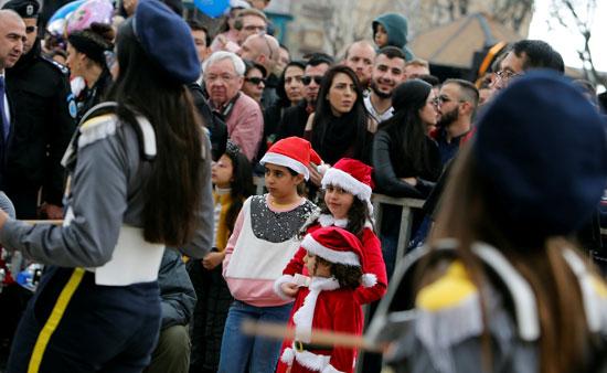 صور حشود المسيحيين فى بيت لحم (10)