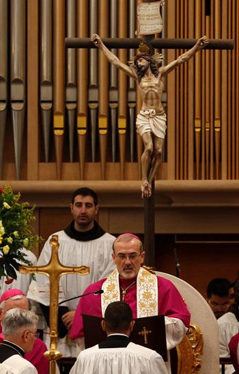صور حشود المسيحيين فى بيت لحم (5)