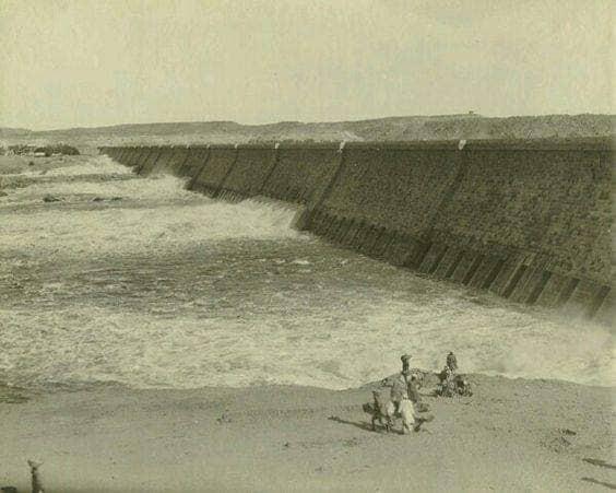 جانب من خزان اسوان  في مطلع القرن الماضى