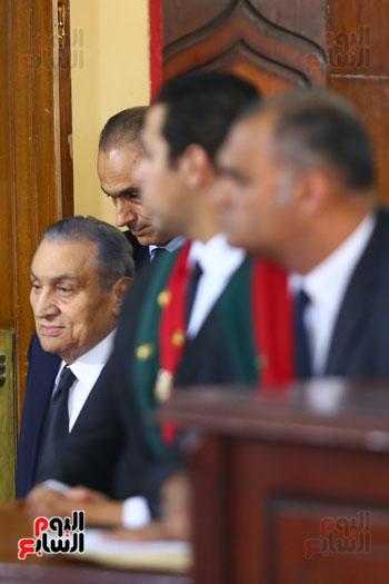 حسنى مبارك قضية اقتحام السجون (1)