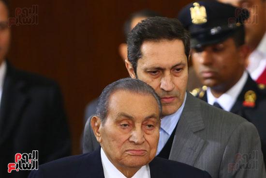 حسنى مبارك قضية اقتحام السجون (19)