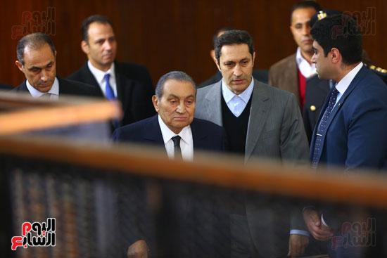 حسنى مبارك قضية اقتحام السجون (17)