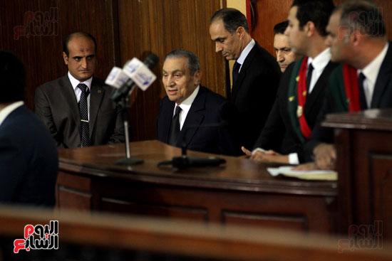 حسنى مبارك قضية اقتحام السجون (60)