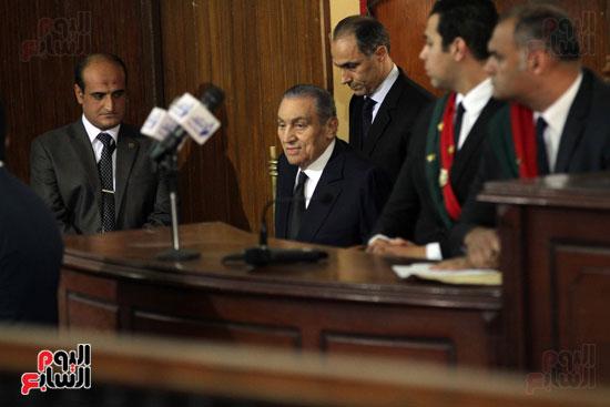 حسنى مبارك قضية اقتحام السجون (59)