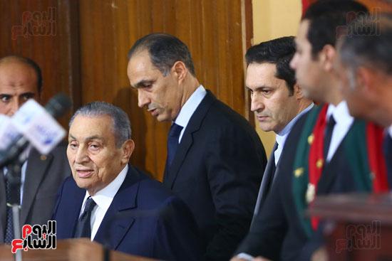 حسنى مبارك قضية اقتحام السجون (3)