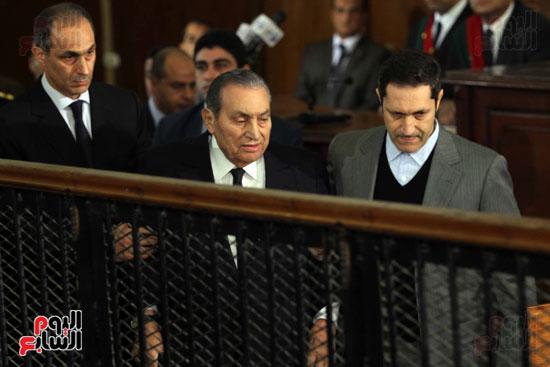 حسنى مبارك قضية اقتحام السجون (70)