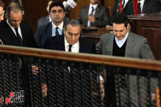 حسنى مبارك قضية اقتحام السجون (68)
