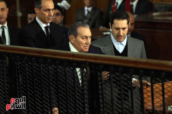 حسنى مبارك قضية اقتحام السجون (71)