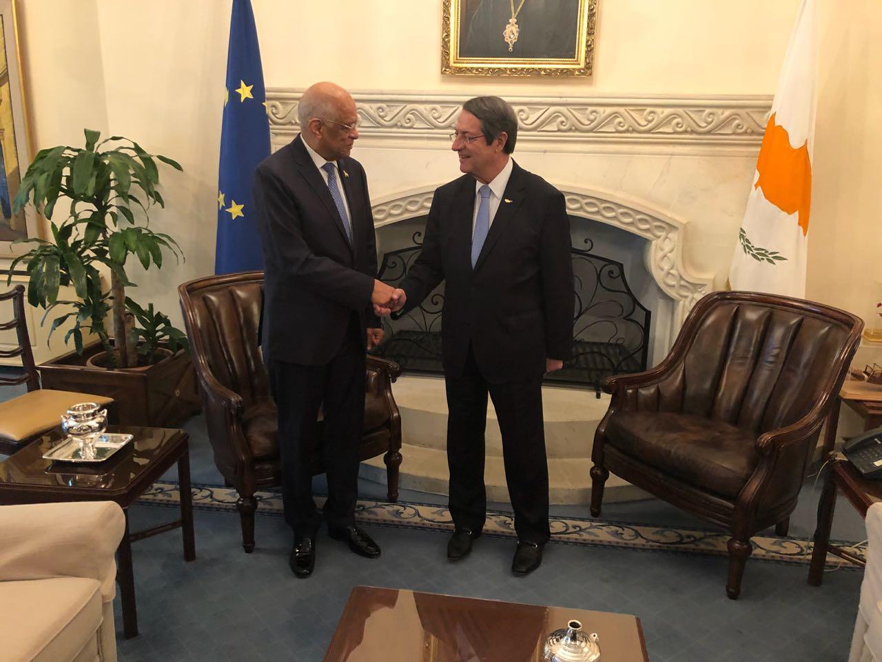 الدكتور على عبد العال يلتقى رئيس قبرص