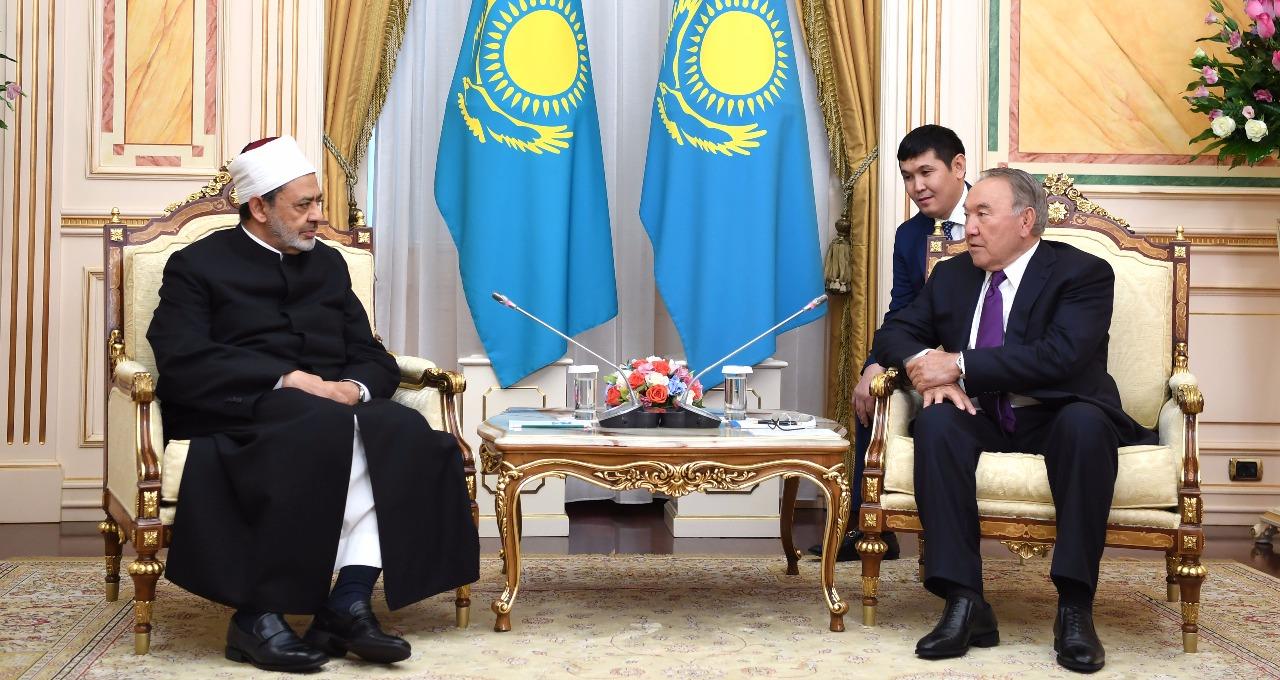 7- شيخ الازهر ورئيس كازاخستان