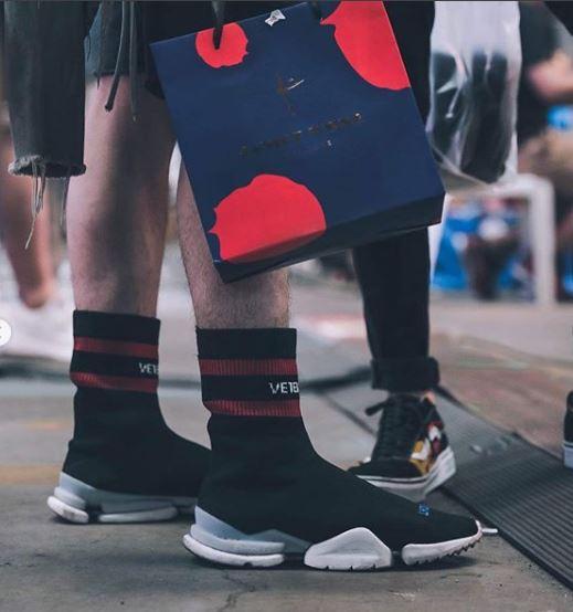 أشكال مبتكرة للأحذية الرياضية  2