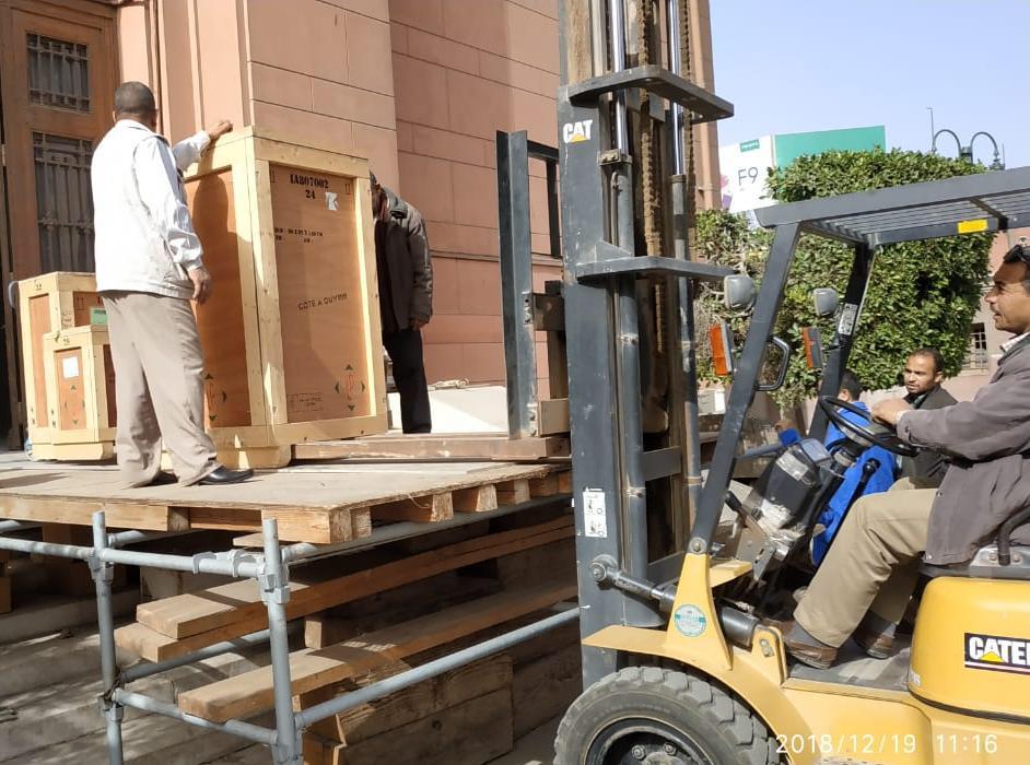 خلال عملية نقل الآثار للمتحف الكبير (4)