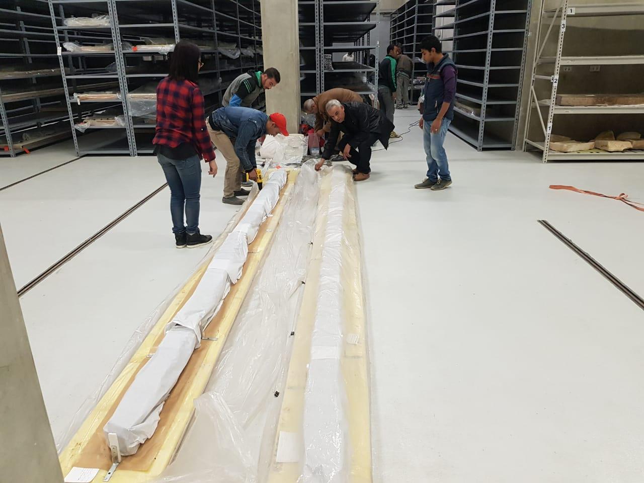 خلال عملية نقل الآثار للمتحف الكبير (8)
