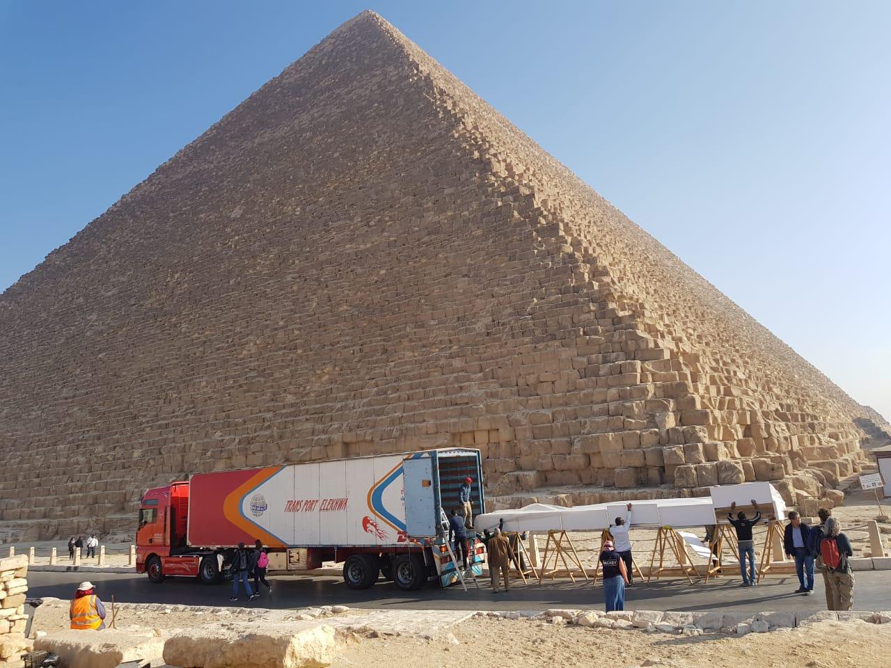 خلال عملية نقل الآثار للمتحف الكبير (1)