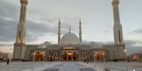 مسجد الفتاح العليم فى العاصمة الإدارية الجديدة