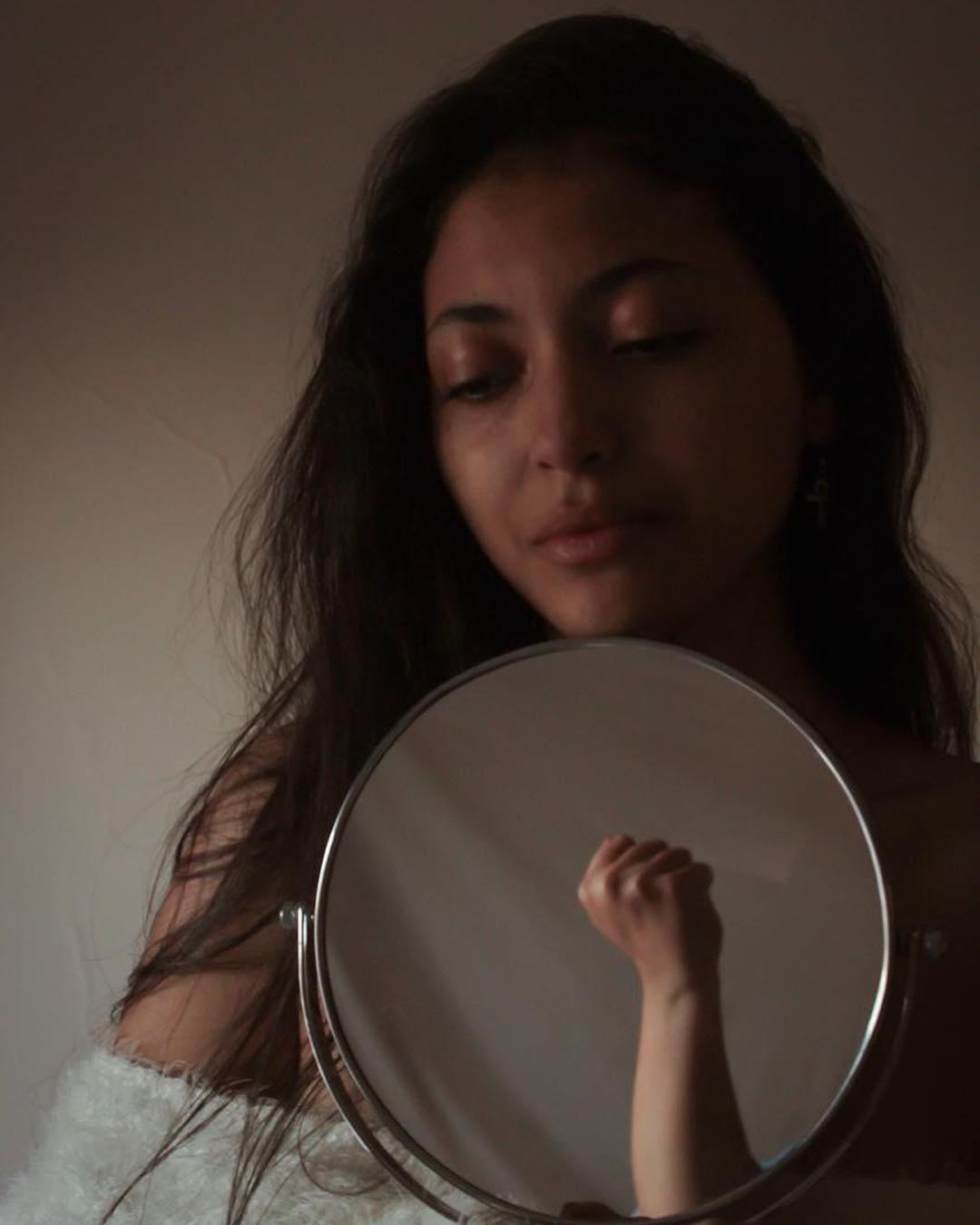 """مى الغيطى تحارب الظلم ضد المرأة بـ""""فوتوسيشن"""" جديد.. صور  58815-مى-الغيطى-فى-فوتوسيشن-جديد-(1)"""