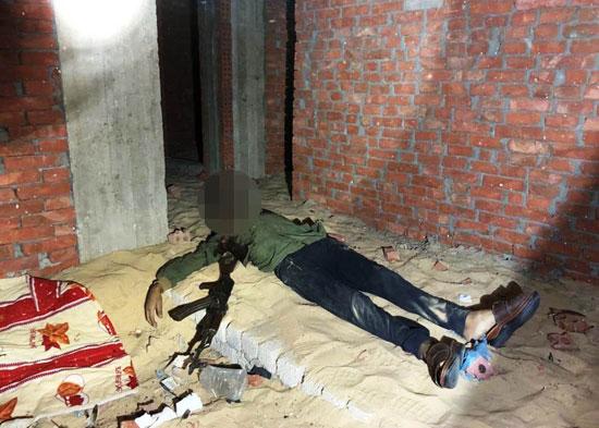 الداخلية تداهم 3 أوكار إرهابية بالجيزة وشمال سيناء وتقتل 40 تكفيريا (4)