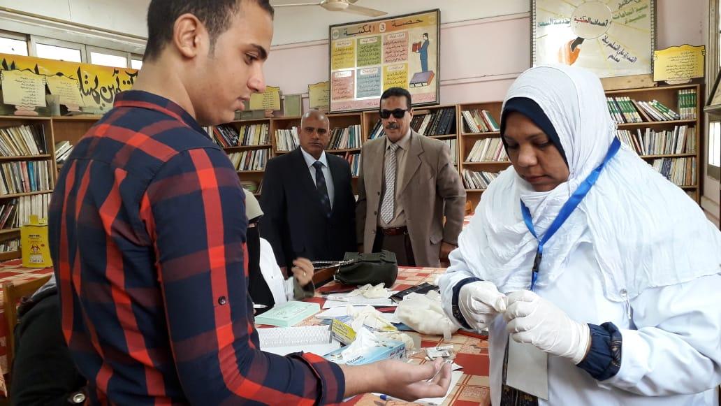 مبادرة القضاء على فيروس سى بالمدارس الثانوية  (6)