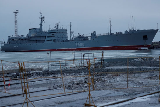 سفن-أوكرانية-تحتجزها-روسيا-(4)