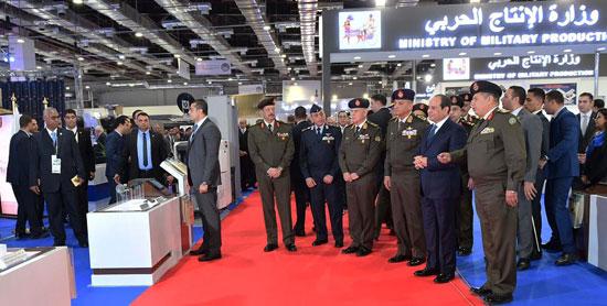 صور السيسي يفتتح المعرض الدولى للصناعات الدفاعية والعسكرية إيديكس 2018 (6)