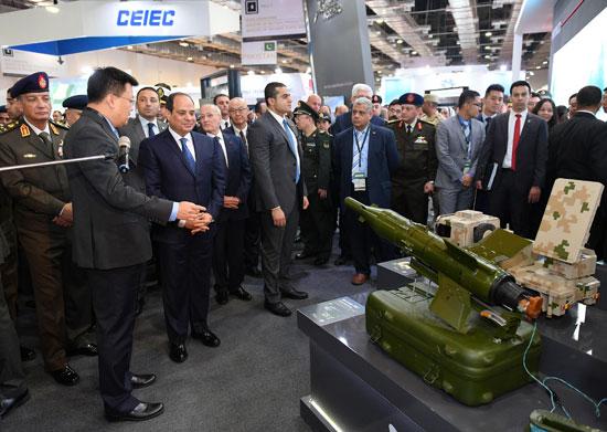 صور السيسي يفتتح المعرض الدولى للصناعات الدفاعية والعسكرية إيديكس 2018 (10)