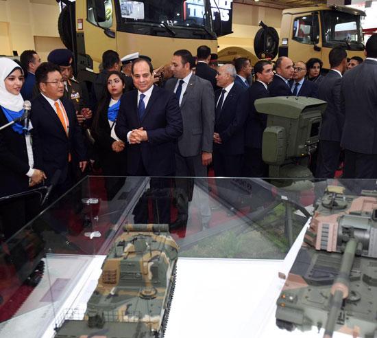 صور السيسي يفتتح المعرض الدولى للصناعات الدفاعية والعسكرية إيديكس 2018 (2)