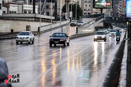 68012-صور-أمطار-غزيرة-بالقاهرة-والجيزة-(5)