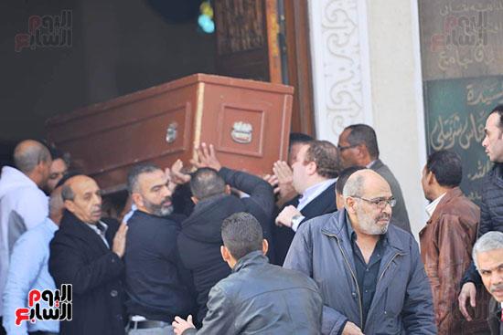 جنازة شقيق محمد فؤاد (9)