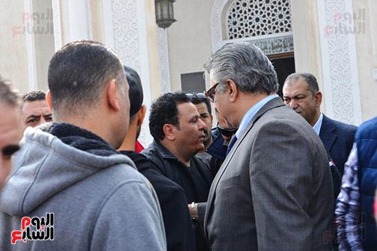 جنازة شقيق محمد فؤاد (2)