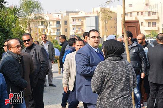 جنازة شقيق محمد فؤاد (17)